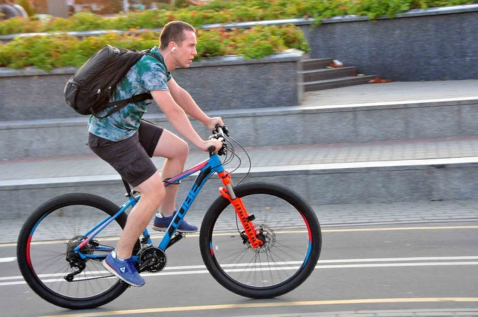 Как научиться ездить на велосипеде?