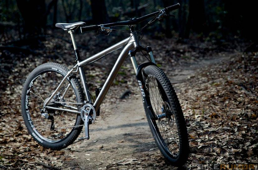 титановая рама велосипеда