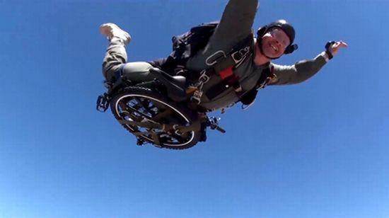 Montague Paratrooper