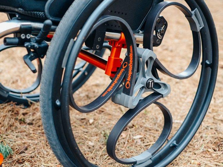 Loopwheels — умное амортизирующее велосипедное колесо.